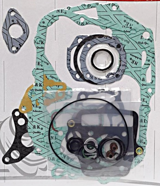 Honda Engine Gasket Set C90 P T MP MT Cub E/Start 92-03 (Metal Head) XR70 CRF70