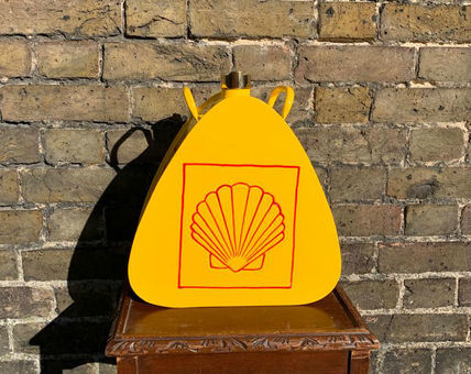Shell Triangular Advertising Vintage Memorabilia Fuel / Petrol Can Hand Painted Brass Top